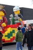2010年克劳斯浮动lego游行圣诞老人多伦多 免版税库存照片