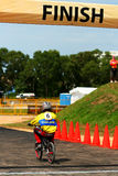 2010辆自行车bmx狂欢节山种族新加坡 免版税库存图片