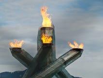 2010 пламя олимпийский vancouver Стоковые Фотографии RF