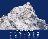 2010 7864m日历2月喜马拉雅山nupse顶层 免版税图库摄影