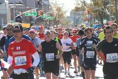 2010 corredores de maratona de NYC Imagem de Stock Royalty Free