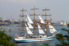 2010 mir regatta wysyła wysokiego Zdjęcia Royalty Free