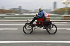 2011年布赖顿汽车伦敦运行到退伍军人 免版税图库摄影