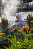 2011年浮动的花游行westland 库存照片