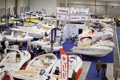 2011艘大蓝色充气救生艇商展大厅罗马&#2802 库存图片