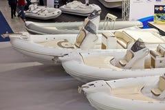 2011艘大蓝色充气救生艇商展罗马海运 免版税库存图片
