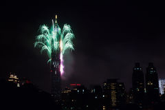 2011 100 Râ¥C Taipeh 101 fuoco d'artificio Fotografie Stock