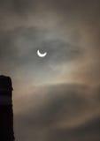 2011 4th förmörkelse sol- januari Arkivbild