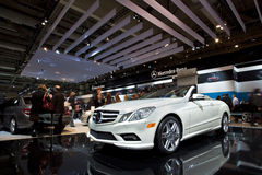 2011 Cabriolet van Mercedes-Benz E550 bij 2010 CIAA Royalty-vrije Stock Afbeelding