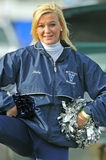 2011 NCAA-Fußball - Cheerleader Stockfotografie