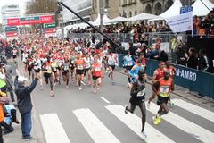 2012年马拉松鹿特丹起始时间 免版税库存照片