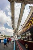 在伦敦奥林匹克期间的塔桥梁2012年 库存图片