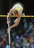 2012 atletismo - salto con pértiga de la High School secundaria Foto de archivo libre de regalías