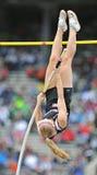 2012 atletismo - salto con pértiga de las señoras Fotografía de archivo