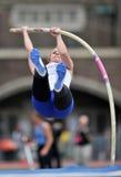 2012 atletismo - salto con pértiga de las señoras Imagen de archivo libre de regalías