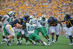 2012 balompié del NCAA - WVU contra Marshall Foto de archivo