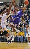 2012 baloncesto de los hombres del NCAA - Drexel - JMU Fotos de archivo libres de regalías