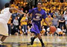 2012 baloncesto de los hombres del NCAA - Drexel - JMU Fotografía de archivo