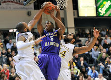 2012 Basketball der NCAA-Männer - Drexel - JMU stockbild