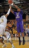 2012 basquetebol dos homens do NCAA - Drexel - JMU Fotografia de Stock