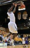 2012 basquetebol dos homens do NCAA - Drexel - JMU Foto de Stock Royalty Free