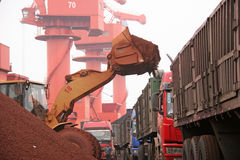 2012 Chinas Abnahme in der Nachfrage nach Eisenerz Stockfoto