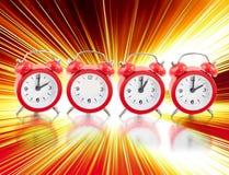 2012 con gli orologi royalty illustrazione gratis