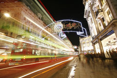 2012 de lichten van Kerstmis op de straat van Londen Royalty-vrije Stock Foto's