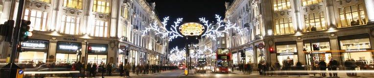 2012 de lichten van Kerstmis op de straat van Londen Royalty-vrije Stock Afbeelding