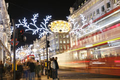 2012 de lichten van Kerstmis op de straat van Londen Stock Afbeelding
