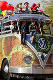 2012 de Overmaatse Bus van de Parade van de Kom van de Fiesta Stock Afbeeldingen