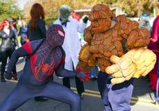 2012 de Super Helden van de Parade van de Kom van de Fiesta Royalty-vrije Stock Afbeelding