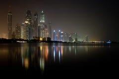 2012 Dubai Czerwiec marina noc nabrzeże Zdjęcia Royalty Free