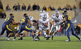 2012 futebol do NCAA - estado de K - WVU Foto de Stock Royalty Free