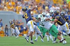 2012 futebol do NCAA - WVU contra Marshall Foto de Stock Royalty Free