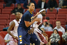 2012 le basket-ball des hommes de NCAA - hiboux de temple Images stock