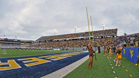 2012 le football de NCAA - WVU contre la TCU Image stock