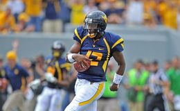 2012 le football de NCAA - WVU contre Marshall Image stock
