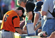 2012 Minor League Baseball pregame autographs Royalty Free Stock Photos