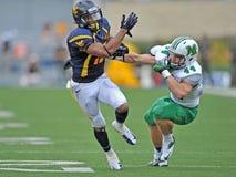 2012 NCAA橄榄球- WVU与马歇尔 免版税库存照片