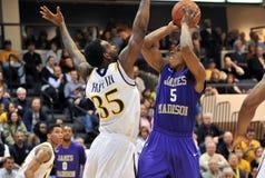 2012 NCAA het Basketbal van Mensen - Drexel - JMU Royalty-vrije Stock Foto's