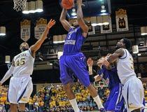 2012 NCAA het Basketbal van Mensen - Drexel - JMU Stock Foto's