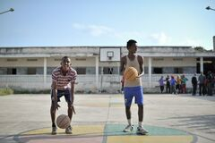 2013_07_06_Mogadishu_Basketball_C.jpg Royalty Free Stock Photography