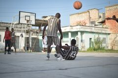 2013_07_06_Mogadishu_Basketball_R.jpg Royalty Free Stock Images