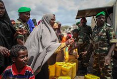2013_10_15_Baidoa_Daynunay_Modmodey _Foot_Patrol_Medical_Water_006 Royalty Free Stock Photography