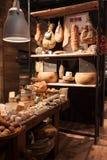 Διαφορετικό είδος ιταλικού τυριού στον οικοδεσπότη 2013 στο Μιλάνο, Ιταλία Στοκ Φωτογραφίες