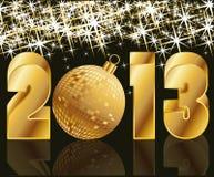 2013 anni dorati con la sfera di natale Immagine Stock