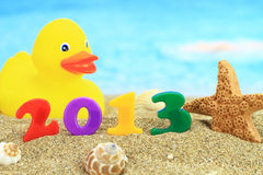 2013 auf dem Strand Lizenzfreies Stockfoto