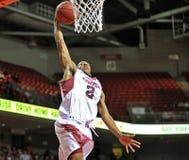 2013 baloncesto del NCAA - clavada Fotografía de archivo
