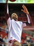 2013 baloncesto del NCAA - layup pregame Imagenes de archivo